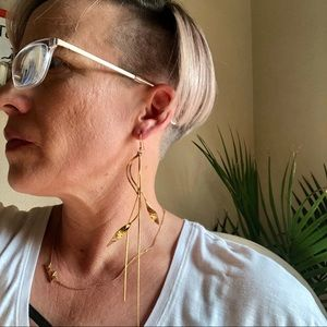 Jewelry - NEW! Long Gold Branch Earrings With Tassel